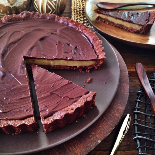 paleo-chocolate-and-peanot-butter-pie