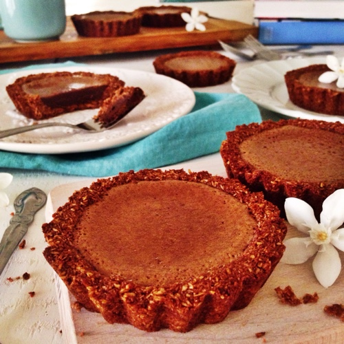 paleo-chocolate-macaroon-tarts